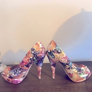 Aldo floral and studded size 8.5 heels
